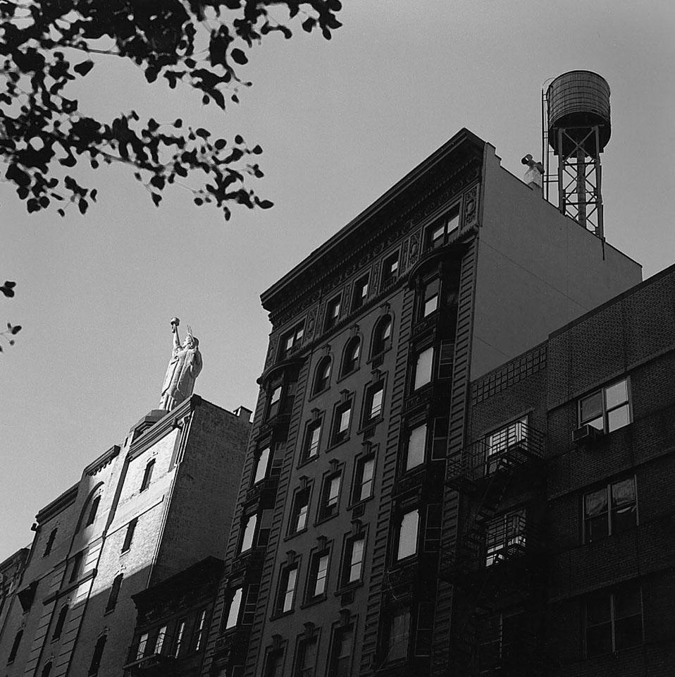 New-York_Lincoln-Center_NY_4x4E.jpg